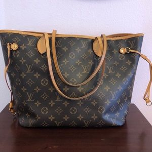 Louis Vuitton Neverfull MM in Rose